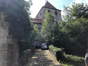 Rue son château,